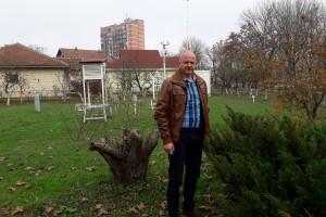 Prijedorski hidrometeorolozi prognoziraju vrijeme i uzgajaju voće u atraktivnom voćnjaku