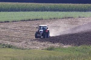 Zaoravanje žetvenih ostataka - najbolja opcija i za zemlju i za farmera