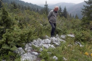 Istorija sela zarasta u trnje i kleku