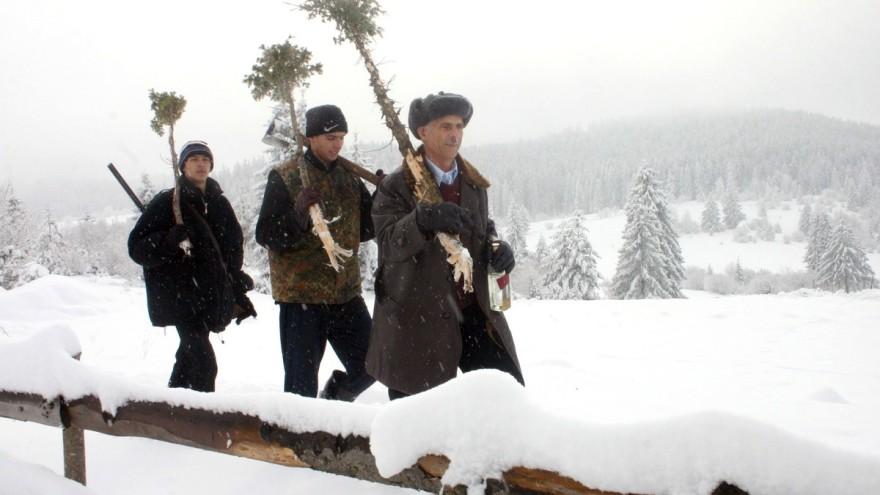 agroklub u badnjacima na zlatarufoto rade prelic 880x495 - Ako je oblačno na Božić, godina će biti rodna!