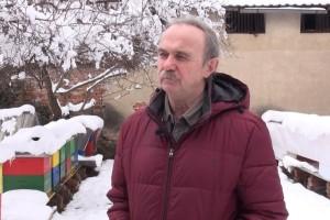 Damir Sertić: Otvarajte košnice na kratko, samo ako je potrebna hitna intervencija