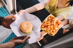 Istraživanje: Brza hrana bogata natrijem i siromašna kalijem - veći rizik od depresije