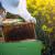 April je vreme za proširivanje košnica, proveru broja pčela i jačanje zajednica