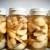 Lekar gaji lekovito bilje i pravi zdrave proizvode i preparate