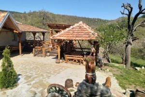 """Etno selo """"Golema padina"""" pogodna za goste koji vole lovni turizam"""