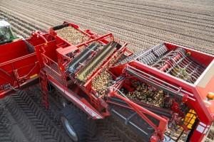GRIMME na PotatoEurope dovodi novitete, pa i četvororedni kombajn za krompir!
