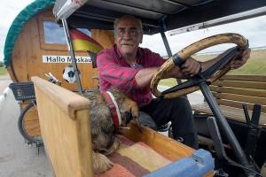 Na traktoru iz Njemačke do Moskve!