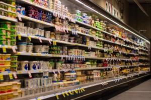 Cene hrane naglo pale u martu - razlog pandemija i urušavanje cena nafte