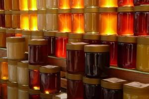 """Demanti na tekst """"Krenuo uvoz meda u Srbiju iz Moldavije?"""""""