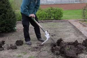 Jednostavno okopajte svoj vrt s Kikka Digga inovacijom