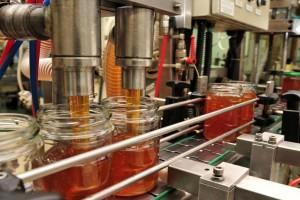 Uvozni med: U pakovanju od 1 kg samo 30 dag pravog meda?