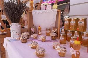 Godina im nije išla na ruku, ali hrvatski pčelari na AGRA-i dokazali - naš je med vrhunski!