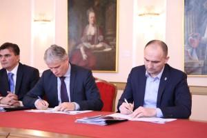 Slavonija i Baranja će se ozbiljno navodnjavati, potpisani ugovori između OBŽ i Hrvatskih voda