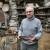 Istoričar umetnosti - živi u stoletnoj kući i sakuplja bilje, gljive i stare predmete