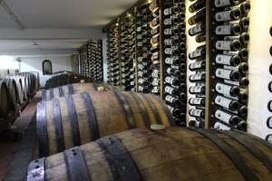 Zatvaranje restorana i kafića utiče i na potrošnju vina: Predviđa se pad prodaje