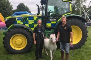 Zašto bi policija trebala imati traktore?