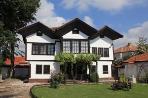 Projektom izgradnje starih srpskih kuća - svako selo, može biti etno selo
