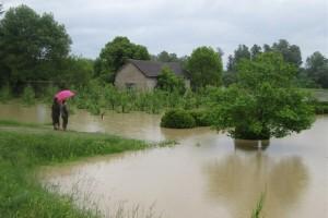 Pod vodom više stotina hektara oranica u Lijevče polju