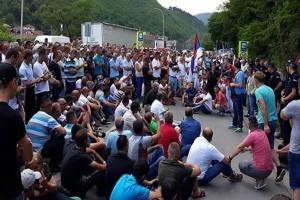 Malinari u Srbiji počeli proteste - traže cijenu od 180 din/kg