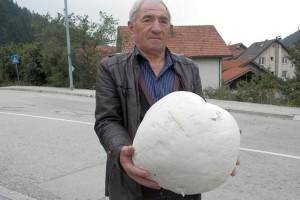 Ubrao puharu veličine tri fudbalske lopte