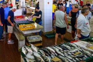 Prodaja ribe u trgovinama biće kontrolisana, cene se neće menjati