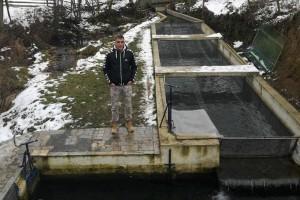 Nenad Todorović uzgaja pastrmku na Petnici