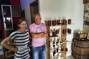 Senad Bajramović proizvodi 100% bio proizvode, a otvorio je i api komoru za liječenje osoba koje imaju probleme sa disajnim putevima