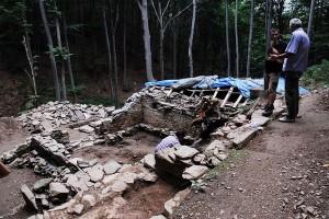 Vinski podrum iz srednjeg veka otkriven u podnožju planine Rudnik