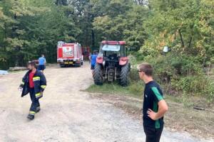 Neizmjerna tuga, u prevrtanju traktora poginuli otac i sin