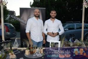 Strahinja Malin i Sava Franović uzgajaju vazdušne biljke u Novom Sadu