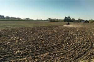 Zatvaranjem brazde sprečiće se gubitak vode iz zemljišta
