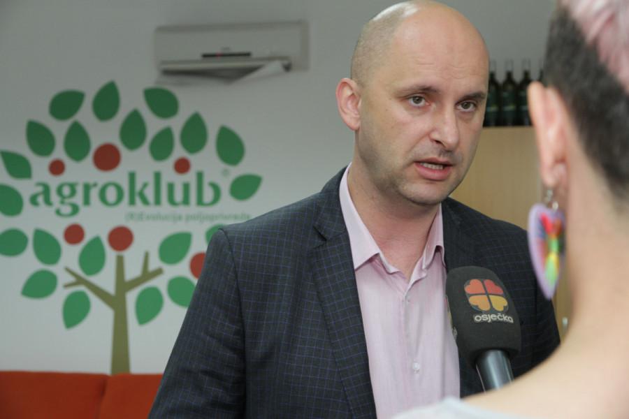 Tolušić: Manipulatori neće dobiti državnu zemlju!