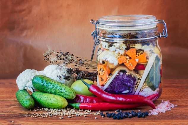 Ukiselite povrće na prirodan način