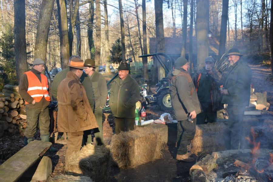 Tradicionalni blagdanski županov lov u Pohajdin bunaru